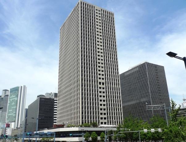 探偵事務所クローバー総合調査のはいる大阪駅前第3ビル